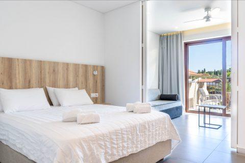 Apartment Deluxe – Lazaros Hotel Resort