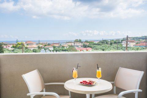 Studio Deluxe – Lazaros Hotel Resort